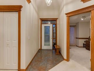 Photo 3: 30 SCIMITAR Court NW in Calgary: Scenic Acres Duplex for sale : MLS®# A1027323