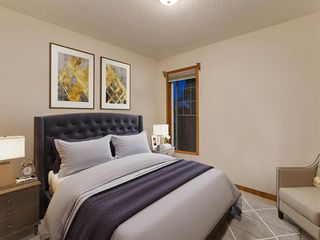 Photo 23: 30 SCIMITAR Court NW in Calgary: Scenic Acres Duplex for sale : MLS®# A1027323