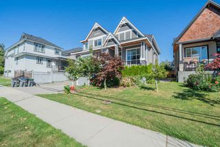 Photo 32: 6078 181A STREET Street in Surrey: Cloverdale BC House for sale (Cloverdale)  : MLS®# R2492359