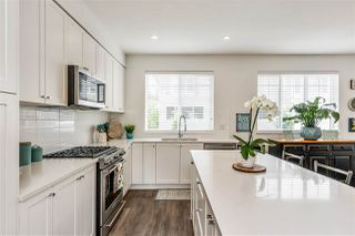 """Photo 10: 10 127 172 Street in White Rock: Pacific Douglas Townhouse for sale in """"The Eagles"""" (South Surrey White Rock)  : MLS®# R2493766"""