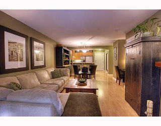 "Photo 4: 102 1420 PARKWAY Boulevard in Coquitlam: Westwood Plateau Condo for sale in ""THE MONTREAUX"" : MLS®# V792954"