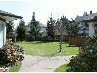 "Photo 5: 24 7250 144TH Street in Surrey: East Newton Townhouse for sale in ""CHIMNEY RIDGE"" : MLS®# F1005079"