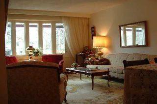 Photo 2: 45 Forsythia Drive in Toronto: House (Bungalow) for sale (E08: TORONTO)  : MLS®# E1875516