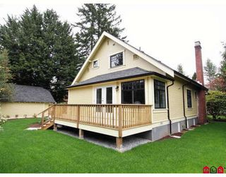 "Photo 10: 8989 GLOVER Road in Langley: Fort Langley House for sale in ""Fort Langley"" : MLS®# F2819911"