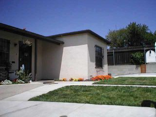 Photo 3: Residential Rental for sale or rent : 2 bedrooms : 6090 Estelle St in San Diego