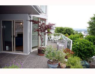 """Photo 7: 104 68 RICHMOND Street in New_Westminster: Fraserview NW Condo for sale in """"GATEHOUSE PLACE"""" (New Westminster)  : MLS®# V736681"""
