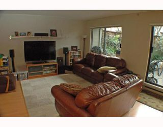 Photo 3: 105 1299 W 7TH Avenue in Vancouver: Fairview VW Condo for sale (Vancouver West)  : MLS®# V753278