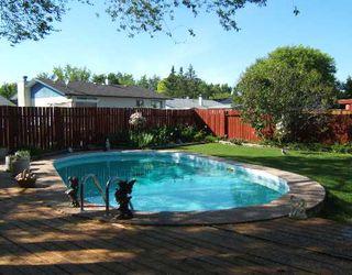 Photo 2: 35 TRANQUILITY Cove in WINNIPEG: North Kildonan Single Family Detached for sale (North East Winnipeg)  : MLS®# 2710534