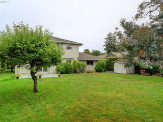 Photo 30: 1195 Sunnygrove Terrace in VICTORIA: SE Sunnymead Single Family Detached for sale (Saanich East)  : MLS®# 413463
