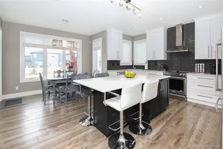 Photo 6: 10 Lowden Close in Red Deer: Laredo Residential for sale : MLS®# CA0172779