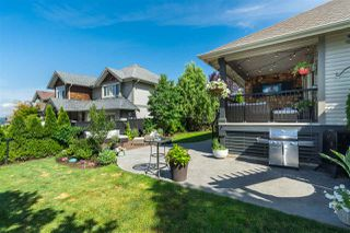 "Photo 4: 3815 CAVES Court in Abbotsford: Abbotsford East House for sale in ""Sandyhill"" : MLS®# R2407106"