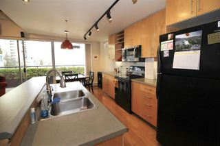 "Photo 6: 501 549 COLUMBIA Street in New Westminster: Downtown NW Condo for sale in ""c2c lofts"" : MLS®# R2443283"