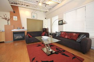 "Photo 8: 501 549 COLUMBIA Street in New Westminster: Downtown NW Condo for sale in ""c2c lofts"" : MLS®# R2443283"