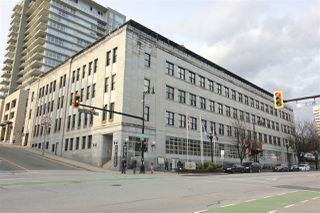 "Photo 1: 501 549 COLUMBIA Street in New Westminster: Downtown NW Condo for sale in ""c2c lofts"" : MLS®# R2443283"