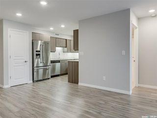 Photo 3: 1213 102 Willis Crescent in Saskatoon: Stonebridge Residential for sale : MLS®# SK806233