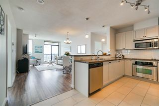 """Photo 5: 1403 15 E ROYAL Avenue in New Westminster: Fraserview NW Condo for sale in """"Victoria Hill"""" : MLS®# R2461883"""