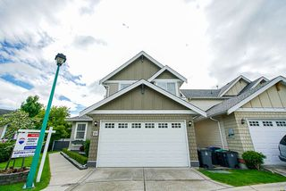 """Photo 3: 19 7067 189 Street in Surrey: Clayton House for sale in """"Clayton Brook"""" (Cloverdale)  : MLS®# R2461744"""