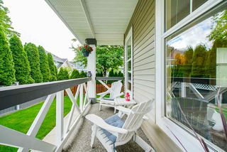"""Photo 6: 19 7067 189 Street in Surrey: Clayton House for sale in """"Clayton Brook"""" (Cloverdale)  : MLS®# R2461744"""