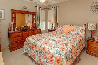 Photo 18: 64 Edelweiss Crescent in Niverville: R07 Residential for sale : MLS®# 202013038