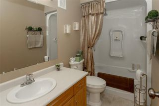 Photo 19: 64 Edelweiss Crescent in Niverville: R07 Residential for sale : MLS®# 202013038