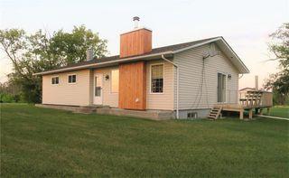 Photo 1: 21011 67 Road East in Woodridge: R17 Residential for sale : MLS®# 202021058