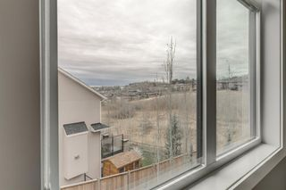 Photo 25: 71 ELMONT Rise SW in Calgary: Springbank Hill Detached for sale : MLS®# A1047865