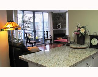 "Photo 3: 1502 739 PRINCESS Street in New Westminster: Uptown NW Condo for sale in ""BERKLEY PLACE BY BOSA"" : MLS®# V809764"