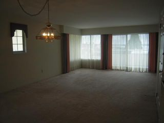 Photo 4: 2322 MARINE Drive in West Vancouver: Dundarave House 1/2 Duplex for sale : MLS®# V824033