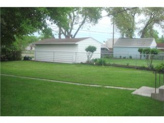 Photo 8: 360 Lanark Street in WINNIPEG: River Heights / Tuxedo / Linden Woods Residential for sale (South Winnipeg)  : MLS®# 1010170