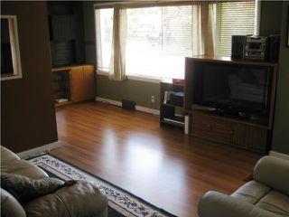 Photo 3: 71 HULL Avenue in WINNIPEG: St Vital Residential for sale (South East Winnipeg)  : MLS®# 1013375