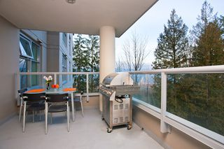 "Photo 15: 406 9232 UNIVERSITY Crescent in Burnaby: Simon Fraser Univer. Condo for sale in ""NOVO II"" (Burnaby North)  : MLS®# V868005"