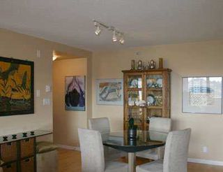 "Photo 3: 801 1575 W 10TH AV in Vancouver: Fairview VW Condo for sale in ""THE TRITON"" (Vancouver West)  : MLS®# V585445"