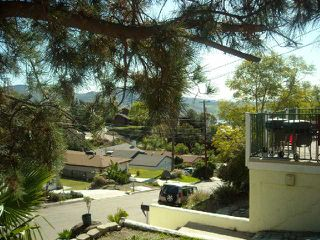 Photo 4: SPRING VALLEY House for sale : 3 bedrooms : 1632 San Miguel