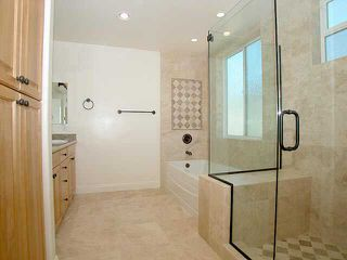 Photo 6: PACIFIC BEACH Residential Rental for sale or rent : 4 bedrooms : 1820 Malden St