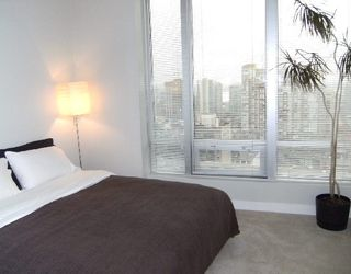 """Photo 5: 1601 989 NELSON Street in Vancouver: Downtown VW Condo for sale in """"THE ELECTRA"""" (Vancouver West)  : MLS®# V742302"""