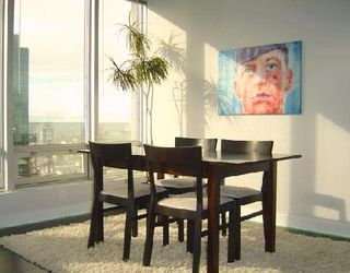 """Photo 3: 1601 989 NELSON Street in Vancouver: Downtown VW Condo for sale in """"THE ELECTRA"""" (Vancouver West)  : MLS®# V742302"""