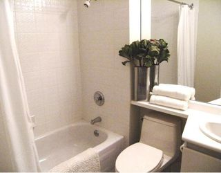 """Photo 6: 1601 989 NELSON Street in Vancouver: Downtown VW Condo for sale in """"THE ELECTRA"""" (Vancouver West)  : MLS®# V742302"""
