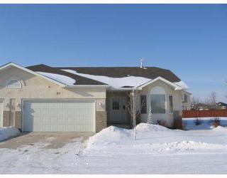 Main Photo: 8 55 BAIRDMORE Boulevard in WINNIPEG: Fort Garry / Whyte Ridge / St Norbert Condominium for sale (South Winnipeg)  : MLS®# 2902596