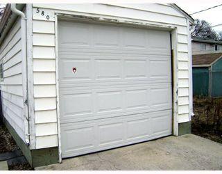 Photo 3: 580 BANNERMAN Avenue in WINNIPEG: North End Residential for sale (North West Winnipeg)  : MLS®# 2906157