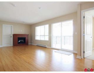 "Photo 3: E409 8929 202 Street in Langley: Walnut Grove Condo for sale in ""THE GROVE"" : MLS®# F2909591"