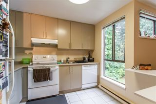 "Photo 7: 301 9125 CAPELLA Drive in Burnaby: Simon Fraser Hills Townhouse for sale in ""Mountainwood"" (Burnaby North)  : MLS®# R2387950"