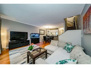 Photo 5: 34 2978 WALTON AVENUE in Coquitlam: Canyon Springs Townhouse for sale : MLS®# R2381673