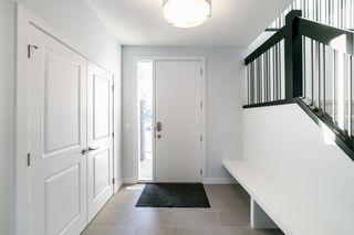 Photo 2: 15 ELAINE Street: St. Albert House for sale : MLS®# E4189048
