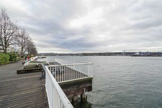 "Photo 29: 707 988 QUAYSIDE Drive in New Westminster: Quay Condo for sale in ""Riversky 2 by Bosa"" : MLS®# R2457923"