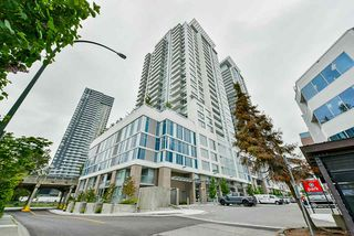 "Photo 1: 707 988 QUAYSIDE Drive in New Westminster: Quay Condo for sale in ""Riversky 2 by Bosa"" : MLS®# R2457923"
