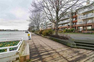"Photo 31: 707 988 QUAYSIDE Drive in New Westminster: Quay Condo for sale in ""Riversky 2 by Bosa"" : MLS®# R2457923"