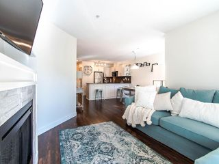 Photo 7: B206 8929 202 Street in Langley: Walnut Grove Condo for sale : MLS®# R2503720