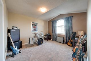 Photo 32: 1604 150 Avenue in Edmonton: Zone 35 House for sale : MLS®# E4218044