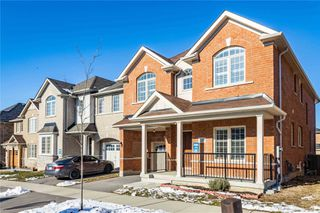 Photo 2: 26 Raithby Crescent in Ajax: Central East House (2-Storey) for sale : MLS®# E5079645