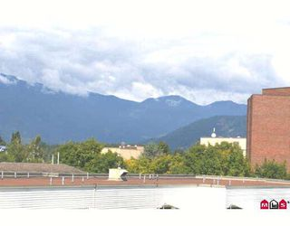 "Photo 7: 314 8985 MARY Street in Chilliwack: Chilliwack W Young-Well Condo for sale in ""CARRINGTON COURT"" : MLS®# H2804526"